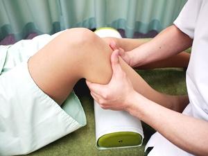 「膝 マッサージ」の画像検索結果